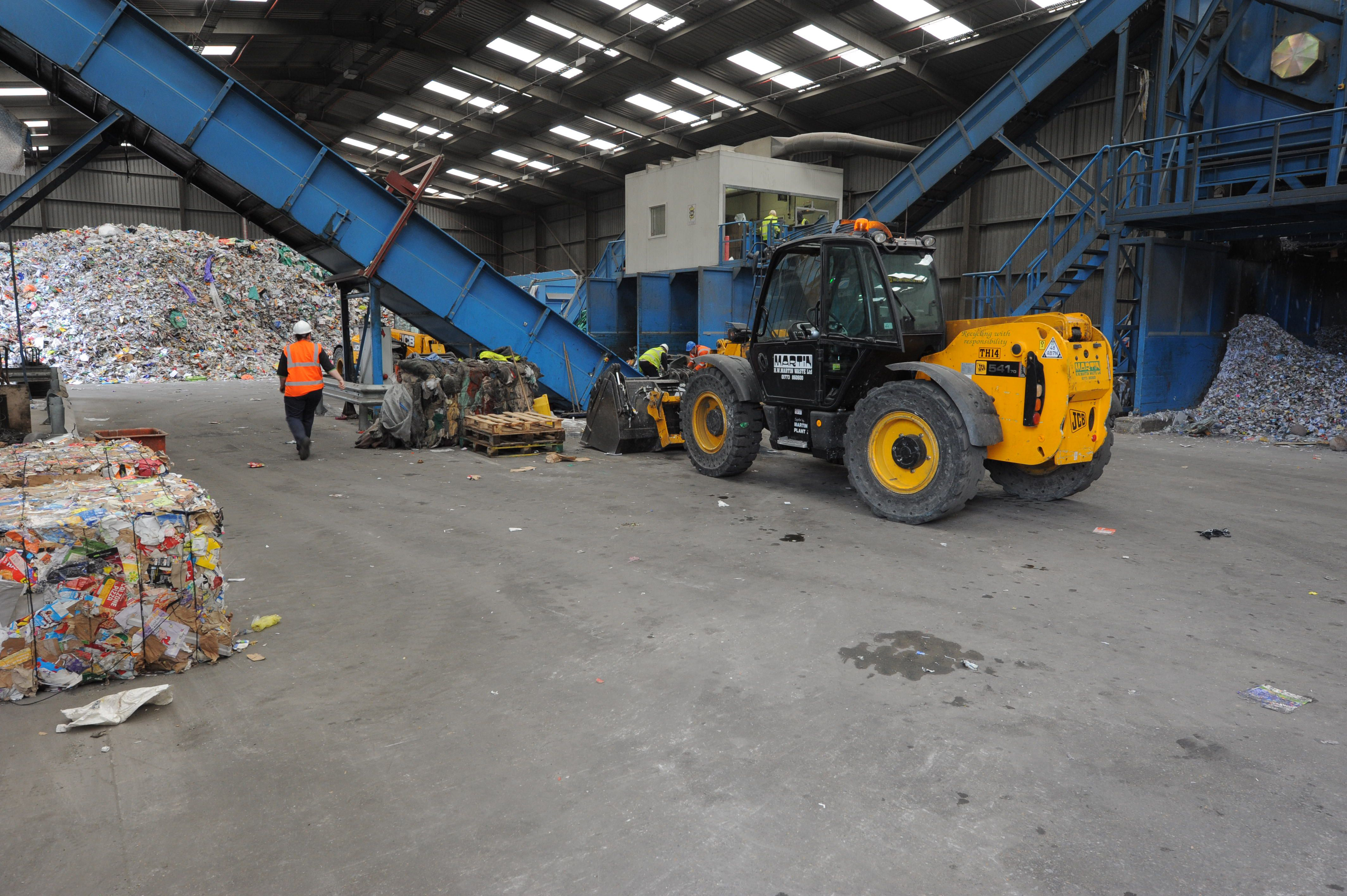 Materials recycling facilities mrf premier waste for Household waste recycling centre design